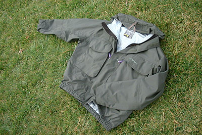 Fishing clothes reviews simms fishing jacket for Fishing rain gear reviews