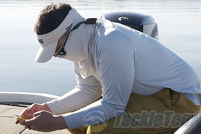 Simms solarflex sun protection fishing shirt upf shirt for Simms fishing jobs