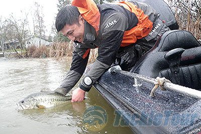 Fishing foul weather jacket review simms prodry rain jacket for Simms fishing jobs