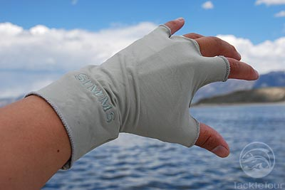 Fishing glove review simms sungloves for fly fishing and for Fishing sun gloves