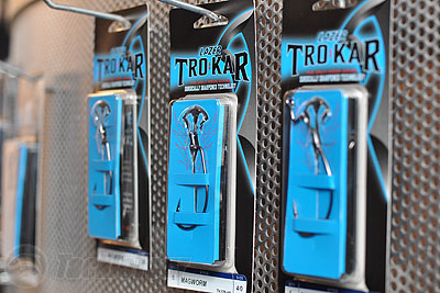 5 Packet Box of Trokar Hooks